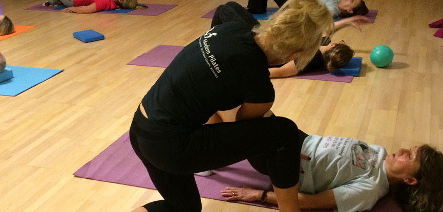 Ruth Hoyle is a qualified Modern Pilates instructor