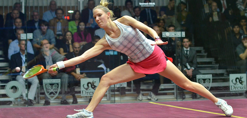 Laura Massaro palying in a squash tournament