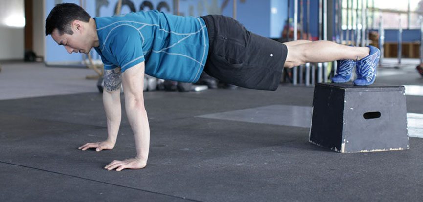 Performing a perfect decline push-up