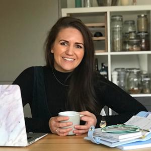 Dr Jennifer Robinson