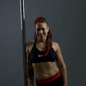 Neola Wilby is a leading personal trainer, fitness writer and pole fitness instructor