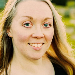 =HFE yoga tutor Charlotte Smith